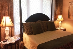 Toronto-Bed-and-Breakfast-Victorian-01